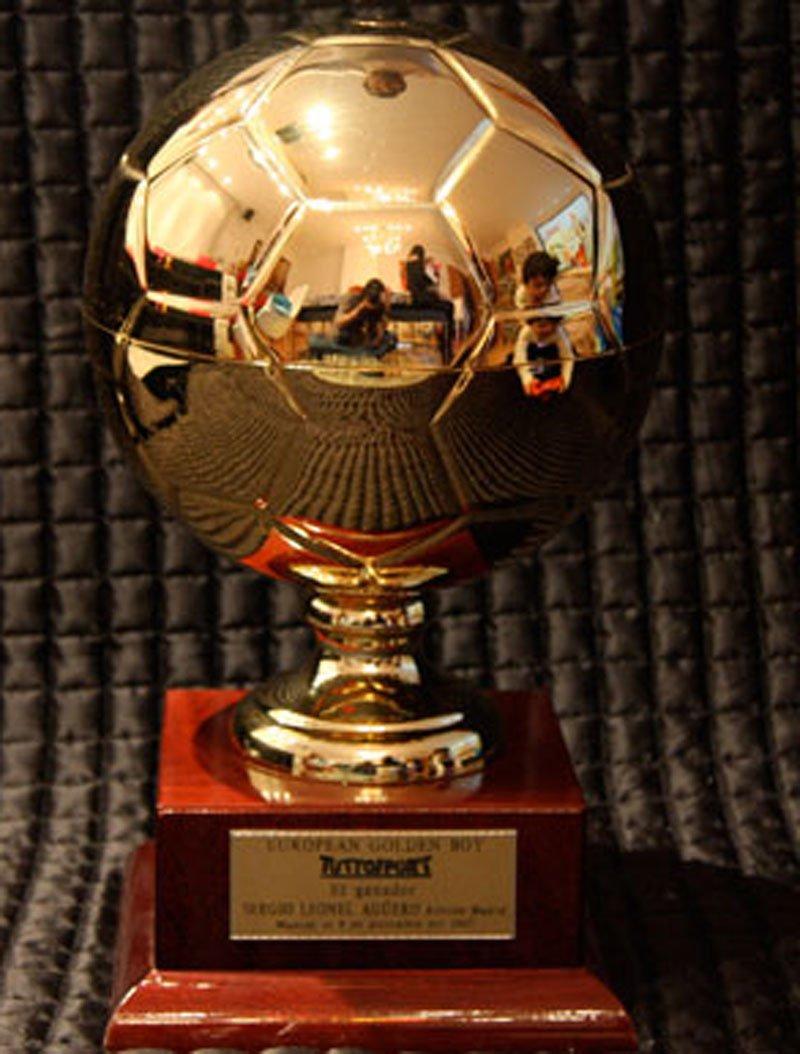 Promeses del futbol premiades