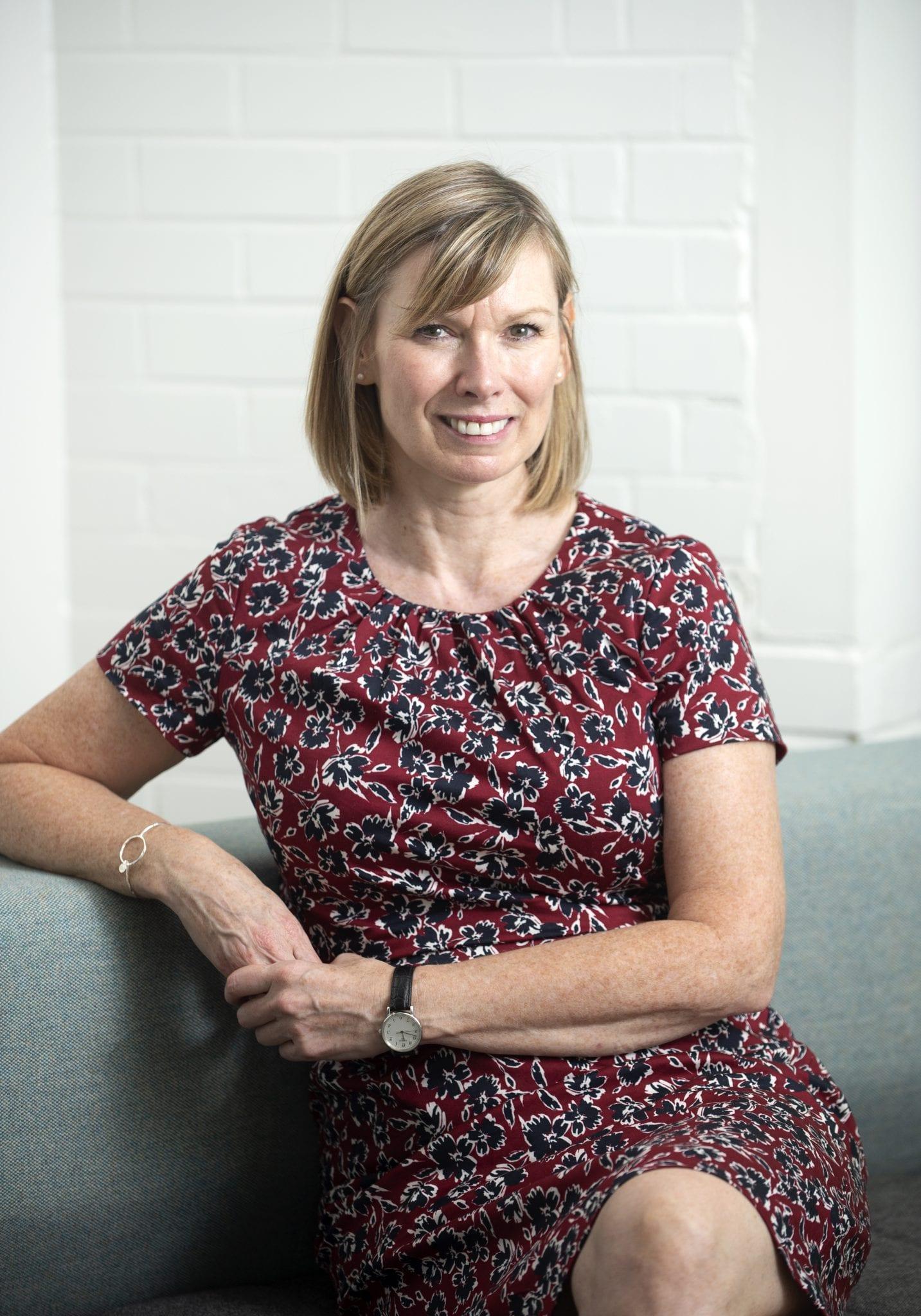 9 març: Annette Ferguson
